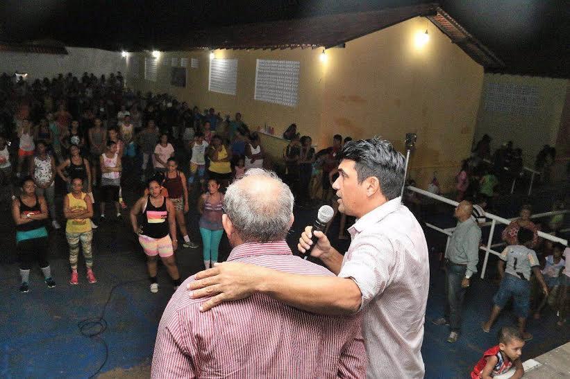 Wellington visita Casa da Família: projeto que garante inclusão em bairros