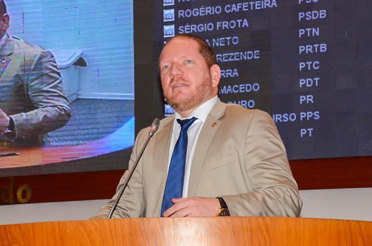 Flávio Dino foi o grande vencedor das eleições, diz Othelino sobre fortalecimento da base aliada