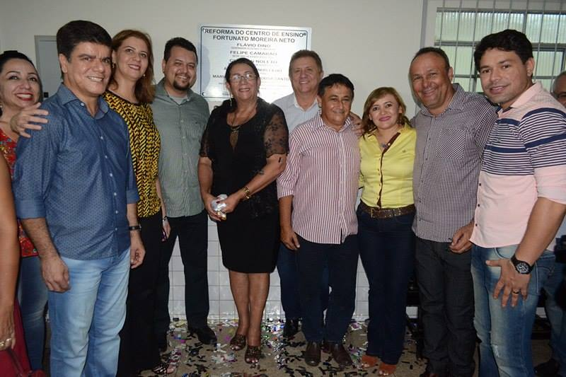 Deputada Valéria participa de inauguração de reforma de escola em Porto Franco