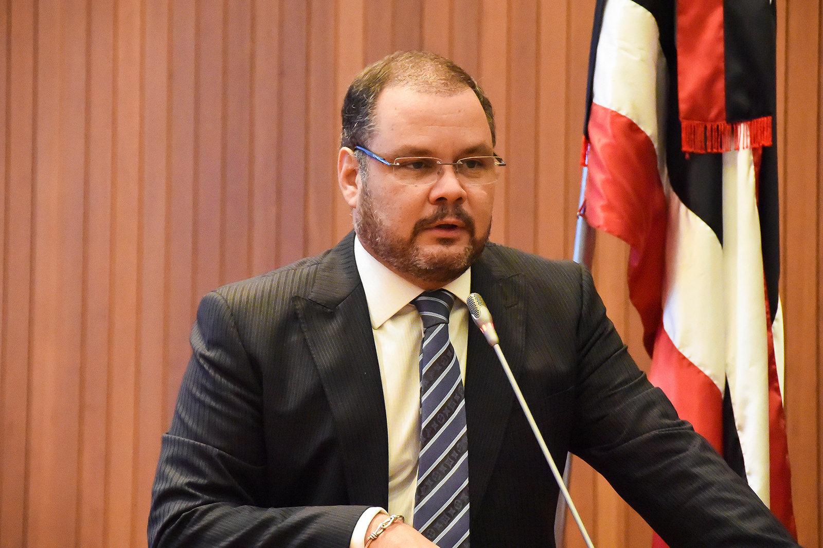 Deputado Rogério Cafeteira fala sobre realizações do Governo do Estado