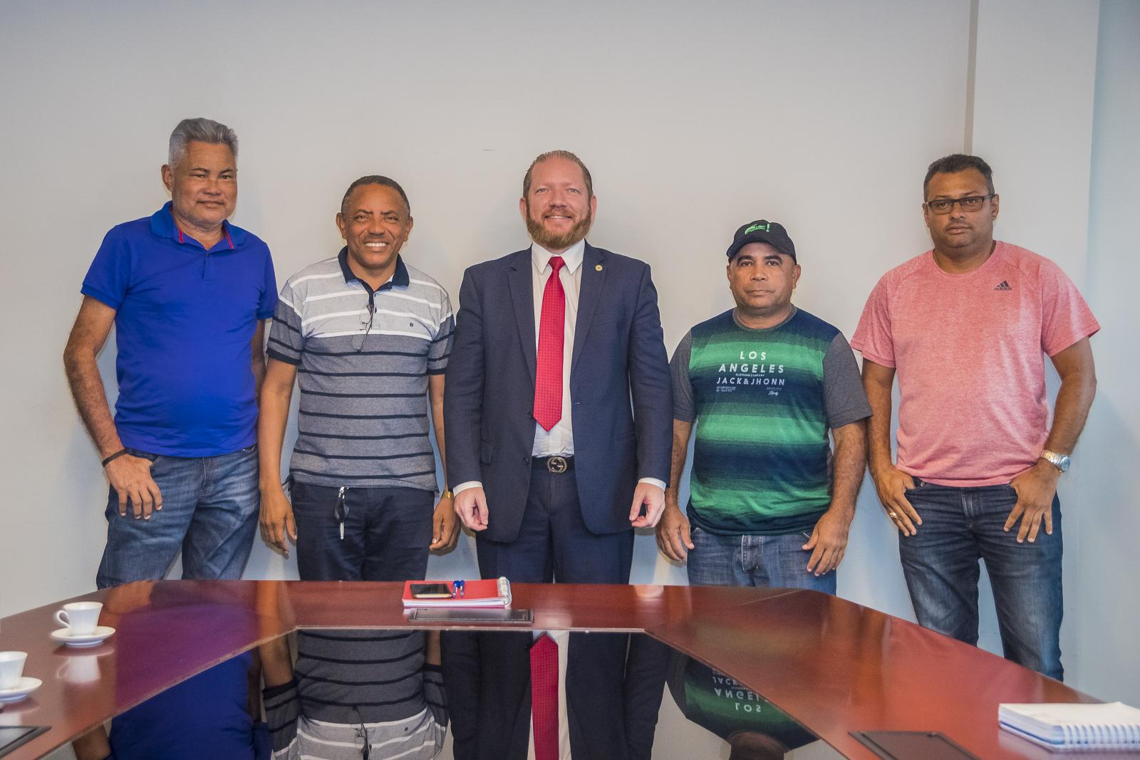 Othelino Neto disponibiliza recursos de Emenda Parlamentar para São Bento