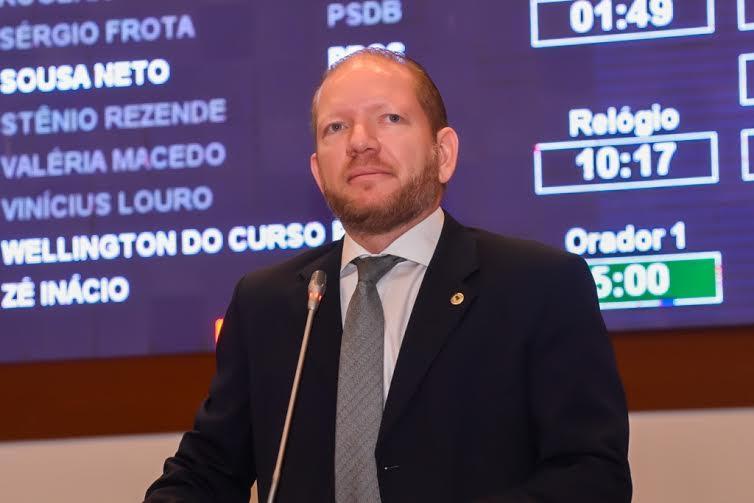 Othelino condena boicote à licitação do transporte público