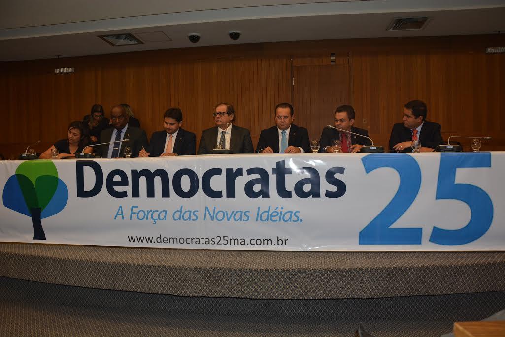 Cabo Campos se filia ao Democratas e toma posse como vice-presidente do partido