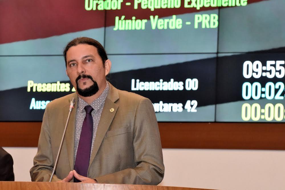 Júnior Verde comemora aprovação de projetos que visam crescimento econômico