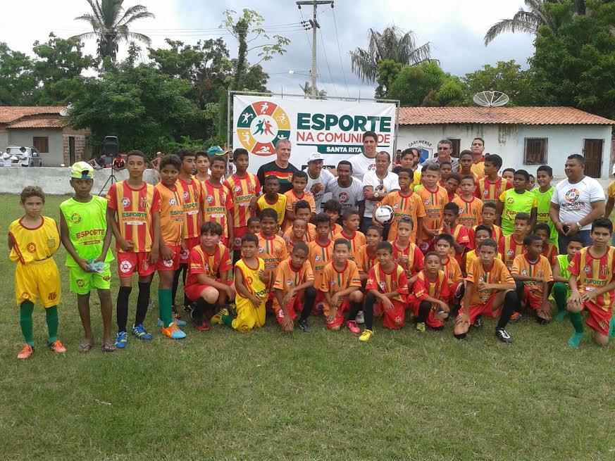 Sérgio Frota visita os polos Cachoeira Grande e Santa Rita do projeto Esporte na Comunidade