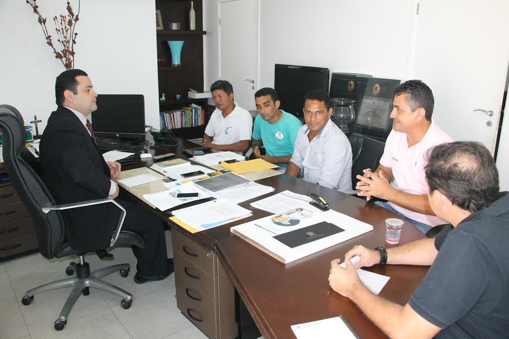 Deputado Vinicius Louro recebe Conselheiros Tutelares do Maranhão