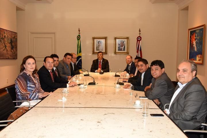 Nova Mesa Diretora da Assembleia reúne-se com o governador Flávio Dino