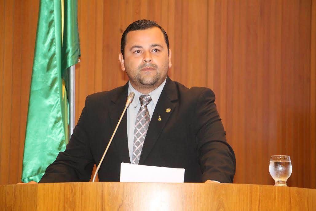 Vinicius Louro solicita audiência pública para tratar dos reparos e da duplicação da BR-135