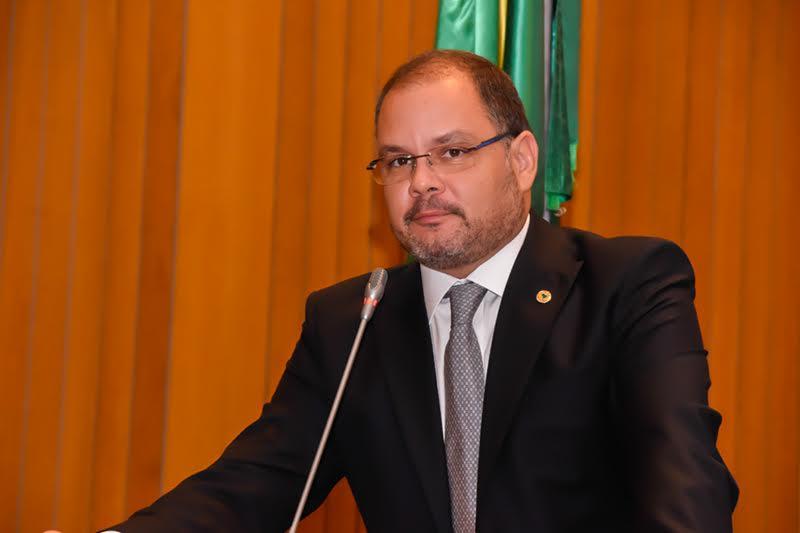 Rogério Cafeteira rebate críticas da oposição sobre o governador Flávio Dino